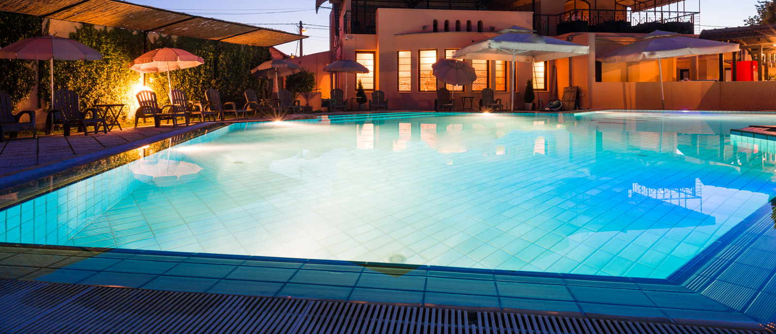 Piscine a sfioro global piscine - Piscine usate subito it ...